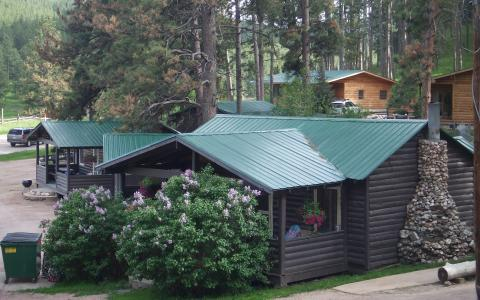 Pine Rest Cabins | Mountain Ambiance ~ Modern Comforts